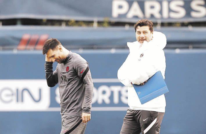 apadrinado. Se encuentra Lionel Messi en el PSG por el entrenador Mauricio Pochettino, quien en cada entrenamiento pule detalles para que funcione mejor colectivamente el equipo, un déficit del puntero de la Ligue 1.