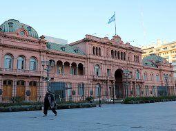 La política bajo análisis: ¿gobierno de transición o la transición de un gobierno?
