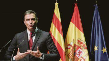 APUESTA. El líder socialista español, Pedro Sánchez, espera que las ampollas que provocarán los indultos a nueve líderes del separatismo catalán cedan con el paso de los meses, con la mejora de la situación sanitaria y con el repunte de la economía.
