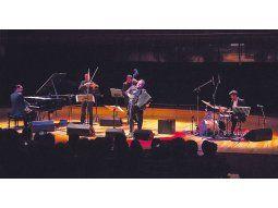 Tributo. El espíritu y la música de Piazzolla en el concierto.