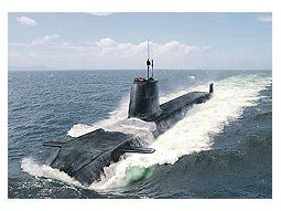 Un submarino Astute de la flota que el premier británico dejará renovada antes deabandonar el poder.