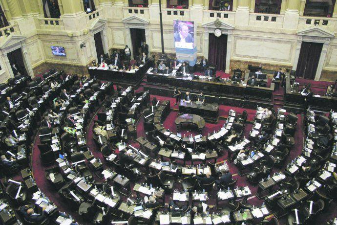 pag13-diputados-reforma-previsional-29dic-ignacio-petunchi-4jpg