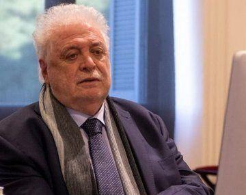 El ministro de Salud, Ginéz González García, salió al cruce de su antecesor, Adolfo Rubinstein.