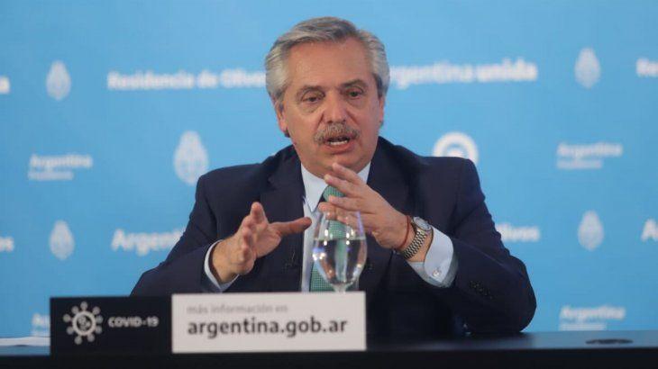 A pesar de que Alberto Fernández presentó la oferta a los bonistas, aún no se inscribirá ante la SEC