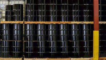 la produccion petrolera de eeuu cayo a su menor nivel desde 2017