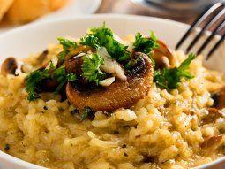El risotto es una de las comidas más tradicionales que la herencia italiana nos dejó.