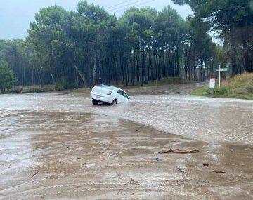 Una fuerte tormenta provocó inundaciones en Pinamar.