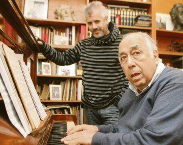Manolo Juárez. El notable compositor y pianista murió a los 83 años.