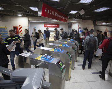 Metrodelegados suspenden las medidas de fuerza