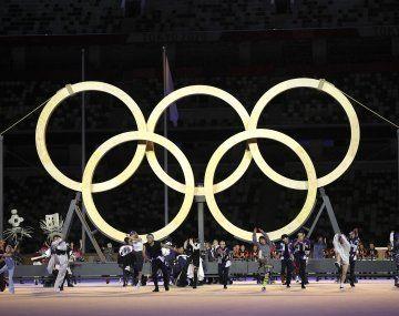 Escándalo en Tokio 2020: investigan una fiesta clandestina en la Villa Olímpica.