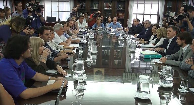 Aunque sin acuerdo, se reanudó diálogo entre Provincia y gremios docentes