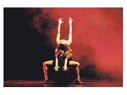 El Modern Jazz Ballet presenta un sólido programa integrado por dos reposiciones y un estreno, todos diseñados por sus directores Noemí Coelho y Rodolfo Olguín.