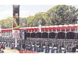 La Fuerza Armada Nacional Bolivariana comenzó ayer el traslado de las urnas hacia todas las localidades de Venezuela, donde el domingo se elegirá un nuevo Parlamento. Por primera vez en 16 años de chavismo, la oposición tiene la esperanza de pasar a controlar el cuerpo.