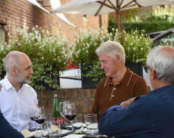 Horacio Rodríguez Larreta y Bill Clinton.