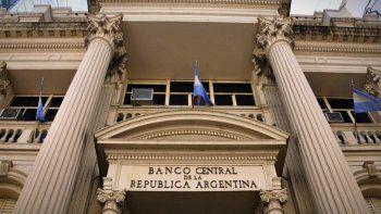 Para 2022 se espera recortar en un 0,7% del PIB el déficit primario anual del Sector Público Nacional.