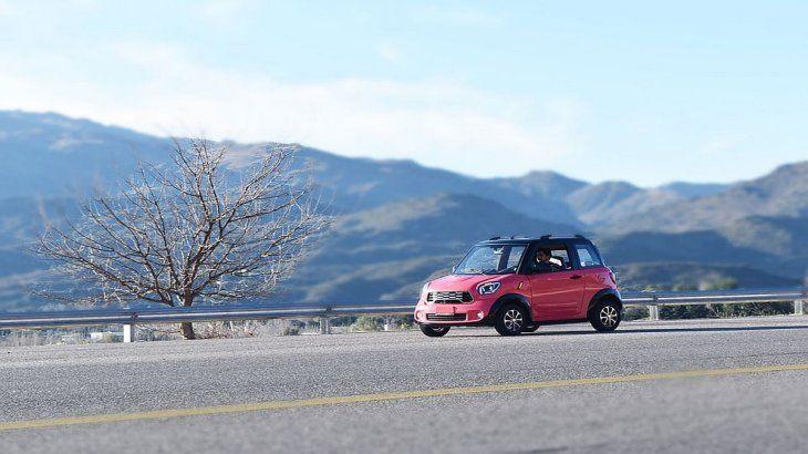 Según el fabricante, ahorra hasta un 90% de los costos de un auto convencional.