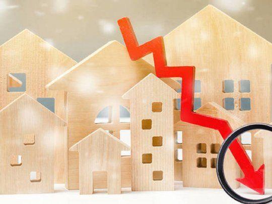 En abril 2021, en AMBA, el precio de venta en dólares por m2 de casas cayó un 2.2%; el de departamentos un 7.2%, y el de oficinas un 8.1%, respecto a abril 2020.