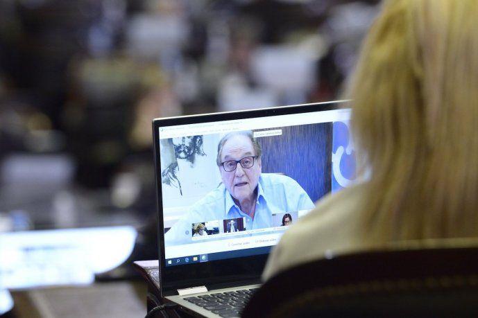 Carlos Heller presidirá la comisión que comenzará a analizar el proyecto de ganancias a empresas.