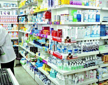 Farmacéuticos alertan por maniobra de flexibilización laboral que pone en riesgo la salud