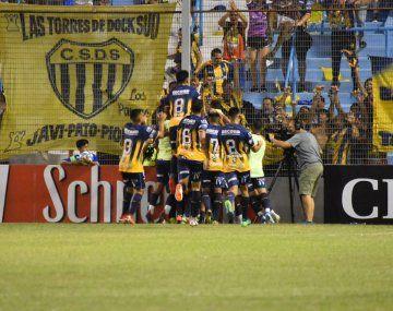 Dock Sud le ganó a Unión y dio otra sorpresa en la Copa Argentina.