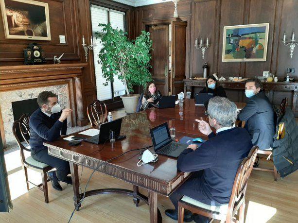 la-mision-del-fmi-autoridades-argentinas