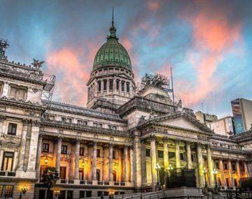 Nuevo acuerdo salarial para legislativos llegará en realidad a 46