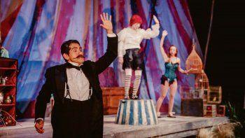 osqui guzman: un viaje hacia lo mas intimo de los artistas de circo