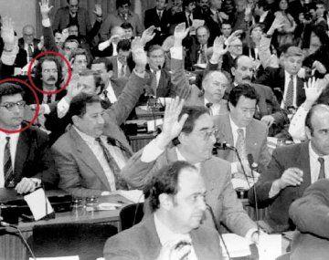 Constituyente. En ´94, Horacio Rosatti, de lentes, delante de Juan Carlos Maqueda, binomio de la Corte ahora.