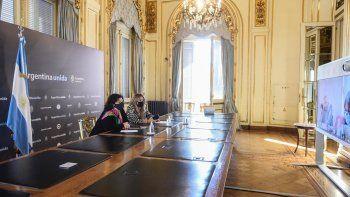 Carla Vizzotti y Cecilia Nicolini se reunieron con funcionarios cubanos para interiorizarse sobre los avances de las vacunas en ese país.