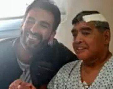 Diego Maradona y su médico
