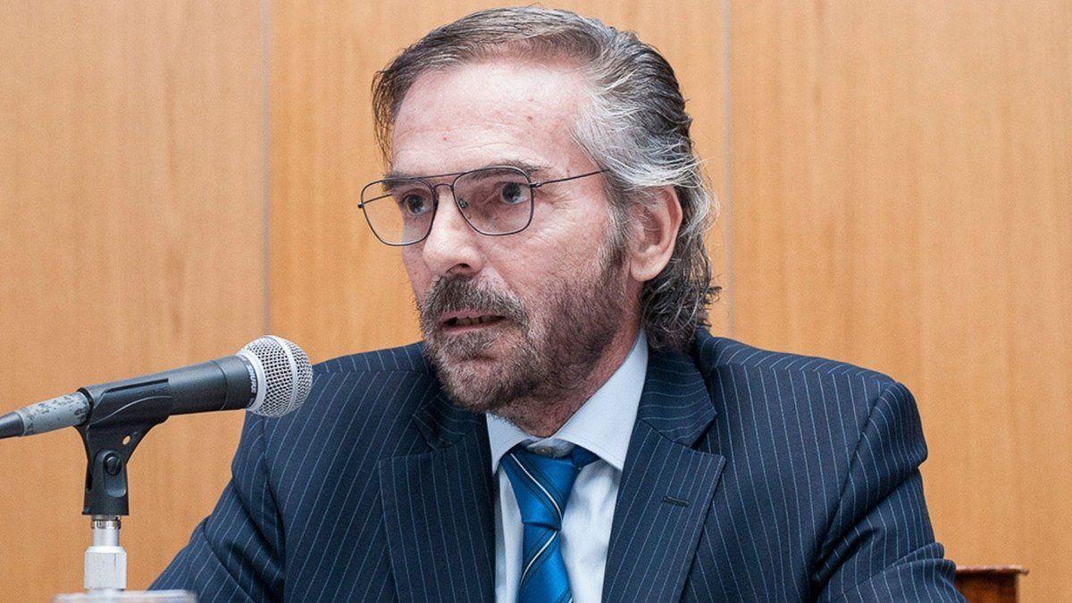 Otra colega le pide al juez Hornos que presente su renuncia