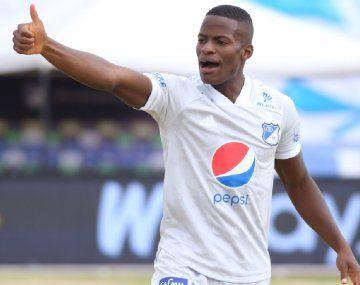 Boca va a la carga por un lateral derecho colombiano