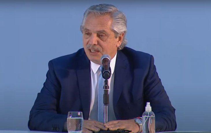 Alberto Fernández definió que habrá 4 aumentos para jubilados en 2021