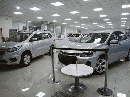 ¿Qué pasó y por qué siguen aumentando las ventas de autos a pesar de la baja del dólar blue?