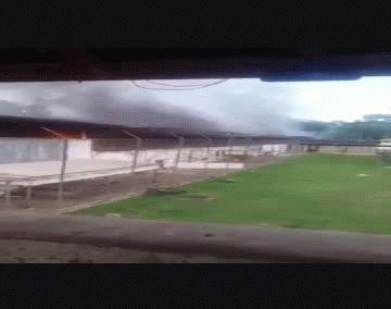Violento motín en cárcel de Brasil dejó al menos 57 muertos (16 decapitados)