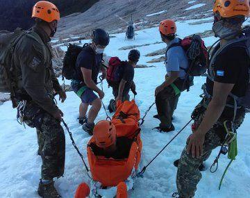 Los turistas sufrieron lesiones mientras realizaban trekking.