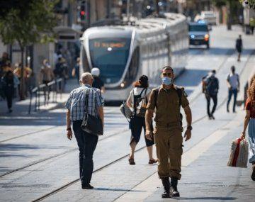 El viernes Israel entrará en un riguroso confinamiento nacional por tres semanas.