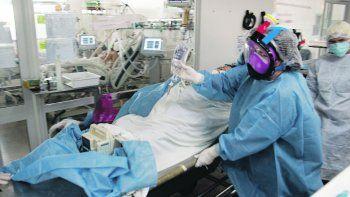 La Sociedad Argentina de Terapia Intensiva alerta por la alta ocupación de camas.