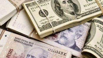 los ahorristas argentinos acaparan el 10% de los dolares circulantes en el mundo