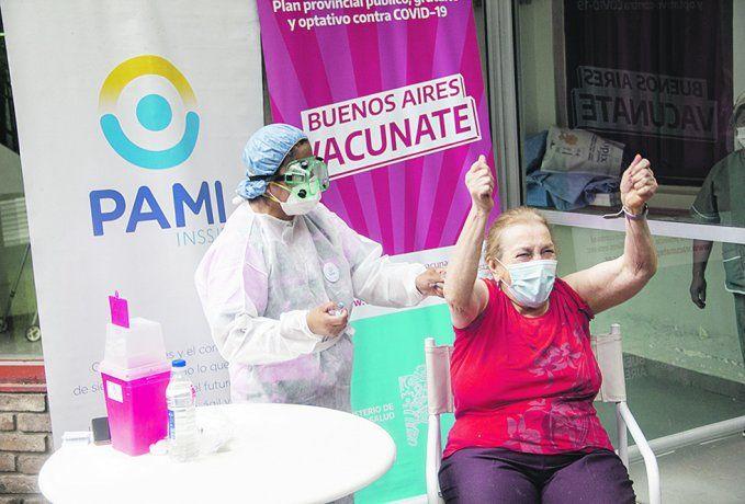 Tsunami sanitario:  cómo surfean la ola los municipios del AMBA