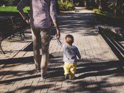 Reconocer a nuestro padre es tomar la vitalidad, la fuerza propulsora que nos ayudará a producir frutos, es el arquetipo que nos ayudará a tener éxito laboral y emocional.
