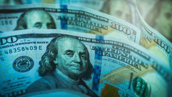 El dólar blue salta otros $3 y alcanza máximos de dos meses y medio
