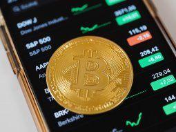 Las cripto muestran una tendencia a la baja que se aceleraría si se pierde el piso de u$s 30.000 del Bitcoin.