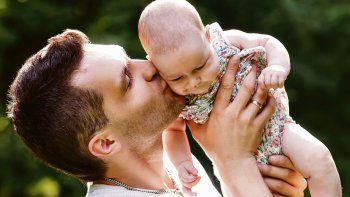 Campaña. De esta manera, se procura que las tareas de crianza y cuidado se realicen entre los dos progenitores.