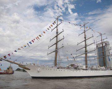 La Fragata Libertad partirá de Valparaíso el viernes