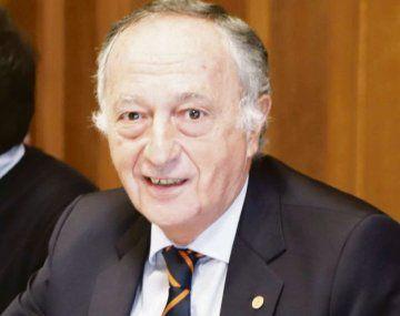 Miguel Acevedo.