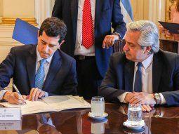 El ministro de Interior, Wado de Pedro, estará presente en la reunión de esta tarde en Olivos.