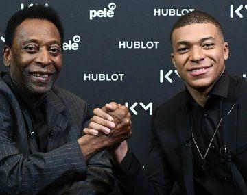El consuelo de Pelé a Mbappé en las redes tras la lluvia de críticas por la eliminación de la Eurocopa