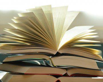 Siete novelas para leer ficción más allá de las vacaciones