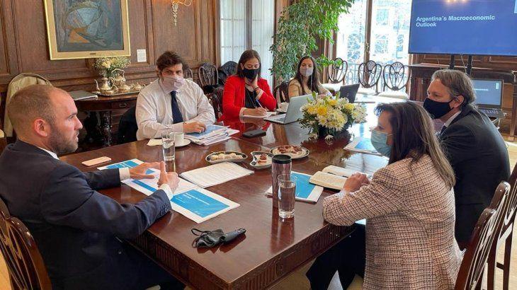Acuerdo con FMI: esperan avances en mayo, con EEUU como imprescindible llave